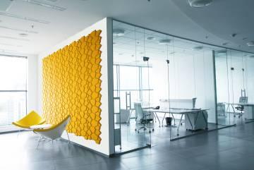 Corcho geométrico con tintes ecológicos para interiores, cuyo coste es de 160 euros por metro cuadrado.