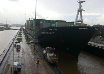 Un carguero chino estrena de incógnito el nuevo Canal de Panamá
