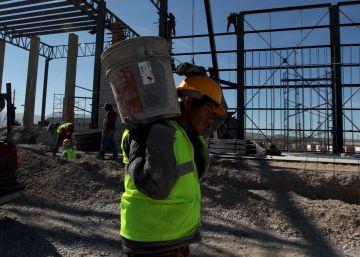 México crea dos millones de empleos en tres años