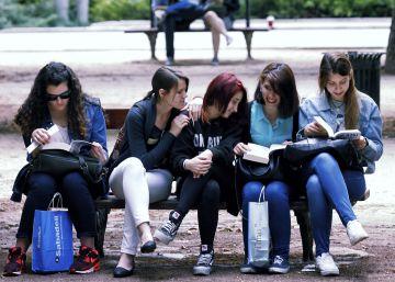 España ha perdido 1,6 millones de jóvenes desde 2012, según un estudio