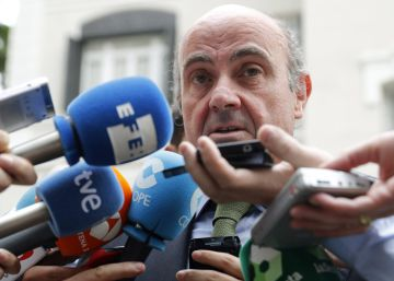 España pide a Bruselas dos años adicionales para rebajar el déficit