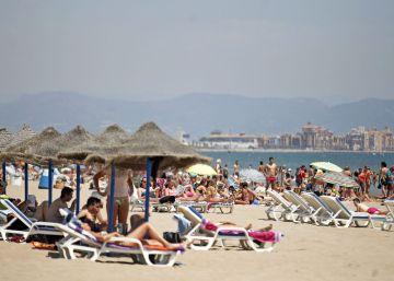Las pernoctaciones hoteleras crecen un 8,9% en junio