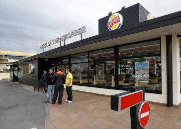 Repsol cede a Burger King la gestión de los restaurantes en las gasolineras