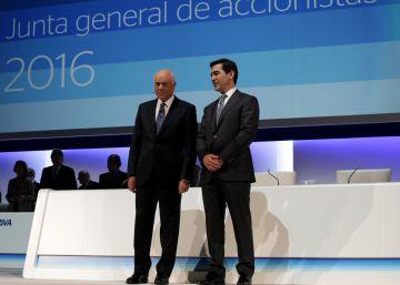 El BBVA reestructura su cúpula y cesa al 'número tres', Vicente Rodero