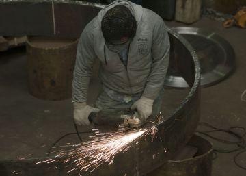 La industria argentina se contrae 3,6% en el primer semestre