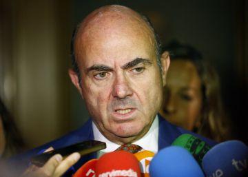 La economía española crece un 0,7%, una décima menos