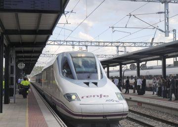 Renfe adjudicará en octubre el 'macrocontrato' de los trenes AVE