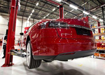 Tesla choca con la realidad y duplica sus pérdidas