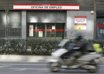 25% of Spain's jobless haven't worked for four years
