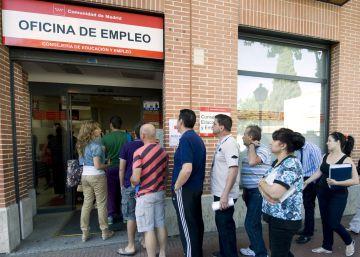 El Gobierno prorroga la ayuda a desempleados sin ingresos