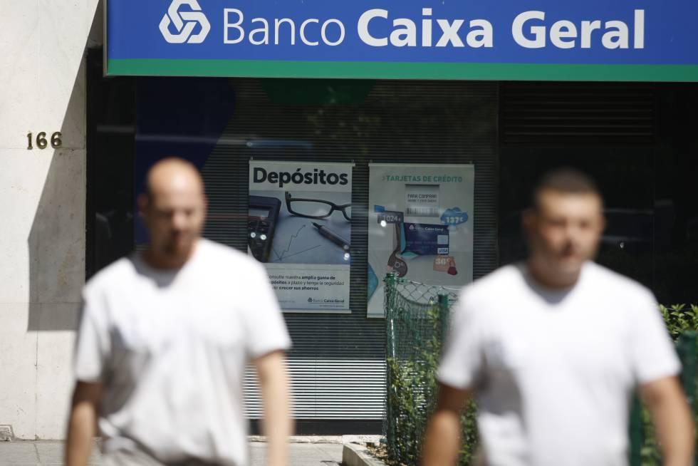 Bruselas aprueba m s ayudas p blicas para el primer banco for Oficinas caixa burgos