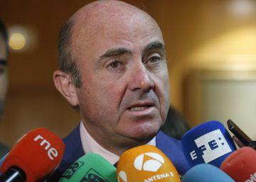 Guindos alerta del parón de la CNMV al no poder nombrar presidente