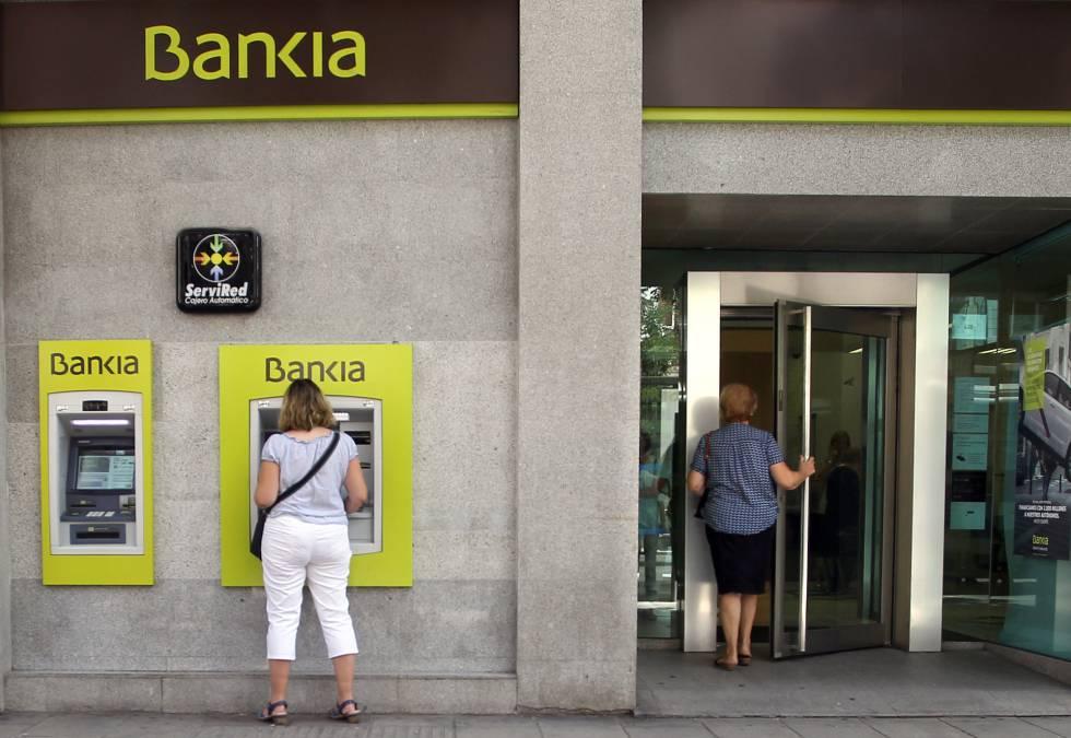 Un jefe del banco de espa a avis que bfa bankia era for Oficinas de bankia en madrid