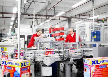 Henkel y Sanofi, primeras empresas europeas que cobran por vender sus bonos