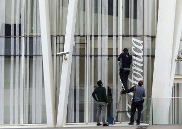 Telefónica lanza una emisión de bonos híbridos de 1.000 millones