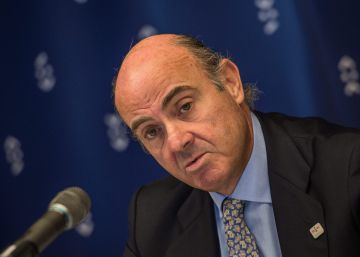 Guindos revela que barajó un rescate blando del FMI en 2012