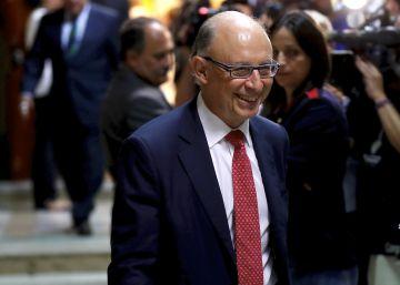 La presión de los barones obliga a Hacienda a convocar el Consejo de Política Fiscal