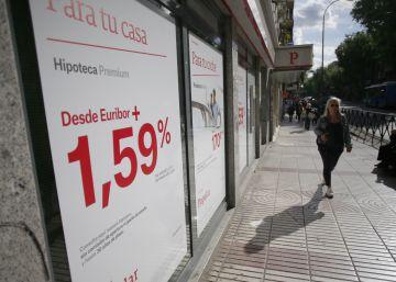 La firma de hipotecas cae un 14,9% en julio por una sentencia contra cláusulas abusivas