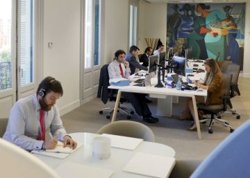 Abanca busca renovar su imagen con una sucursal tecnológica y sostenible en Madrid