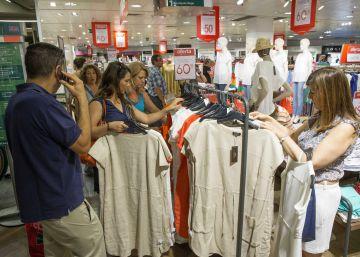 La confianza de los consumidores españoles cae con fuerza en septiembre