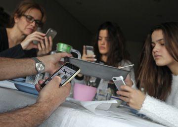 La mitad de los niños españoles con 11 años ya tiene un móvil