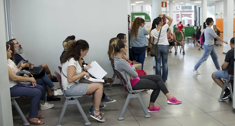 Bruselas aumenta las ayudas al empleo joven que espa a for Oficina electronica dos hermanas
