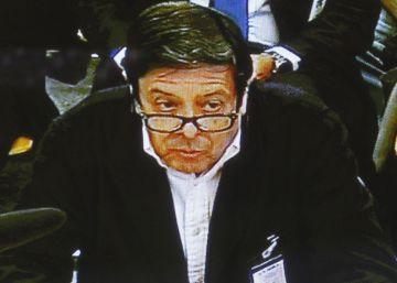 """El secretario de Caja Madrid sobre las 'black': """"La tarjeta no era una retribución"""""""