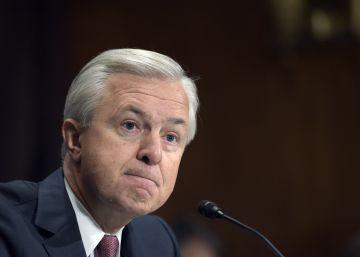 El consejero delegado de Wells Fargo dimite por las cuentas falsas