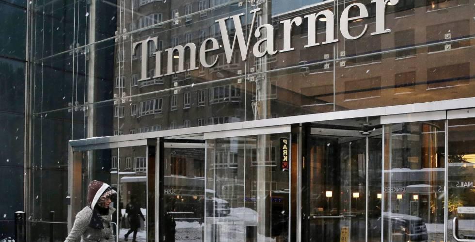 Fachada de la sede de Time Warner en Nueva York