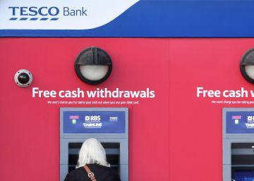 Unos 'hackers' roban el dinero de 20.000 cuentas de Tesco Bank