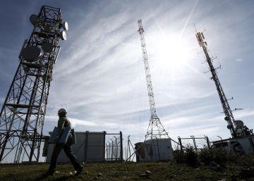 La CNMC flexibiliza el acceso a la red de fibra de Telefónica