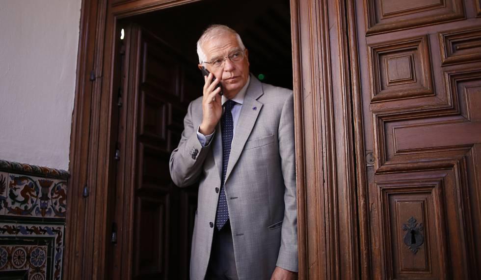 Josep Borrell, en una visita este lunes a Sevilla.rn