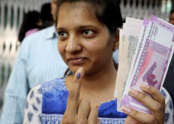 Los novios a punto de casarse logran en India sortear la crisis de los billetes