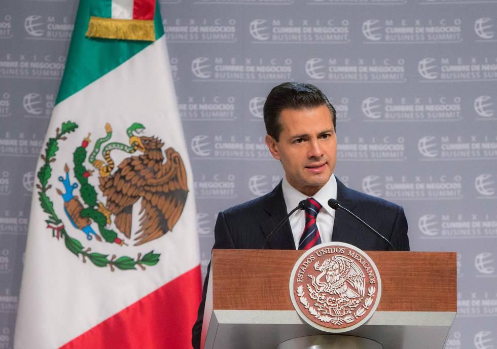 Enrique Peña Nieto, en una cumbre de negocios en Puebla