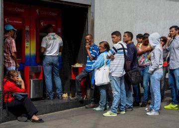 Cómo se vive en Venezuela, donde el mayor billete vale dos céntimos de euro