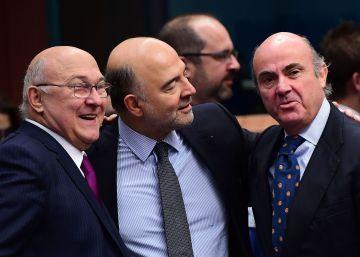 """Bruselas dice que el ajuste fiscal español """"va en la buena dirección"""""""