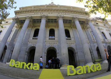 La CNMV sanciona a Bankia por manipular el mercado antes del rescate