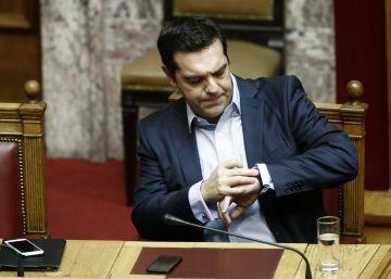 Bruselas sale en defensa de Grecia por el bloqueo a reestructurar la deuda