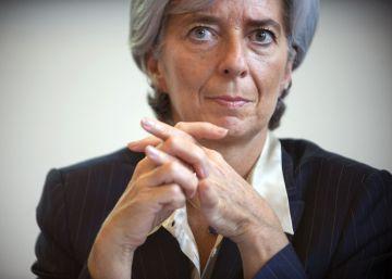 Christine Lagarde sucumbe también a la 'maldición judicial' del FMI