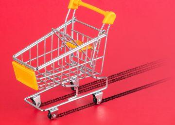 Los consumidores comienzan a pisar el freno