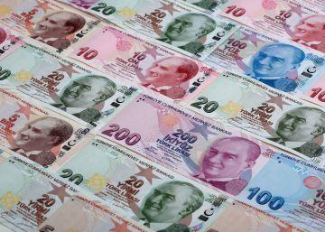 La incertidumbre vapulea la lira turca, el peso mexicano y la libra en 2016