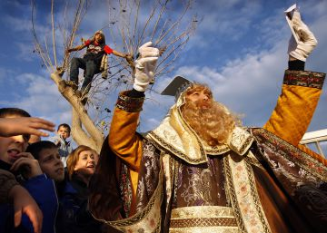 El Rey Mago Gaspar, a su llegada a Valencia, en 2008.