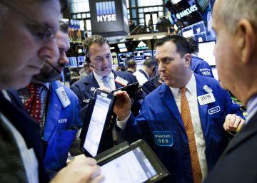 Wall Street acaba 2016 cerca de sus ansiados 20.000 puntos