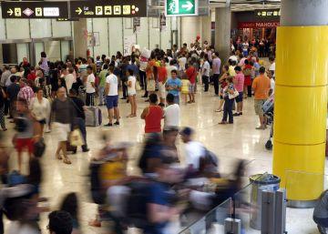 Aena aumenta el número de pasajeros un 11% en el mejor año de su historia