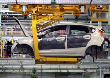El automóvil cierra 2014 con un superávit de 16.000 millones