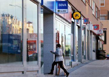 Los litigios y la perspectiva de tipos más altos encarecen las hipotecas