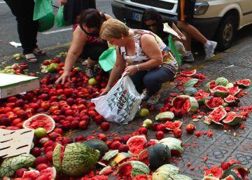 España se queja a Francia tras varios ataques a camiones con fruta y vino