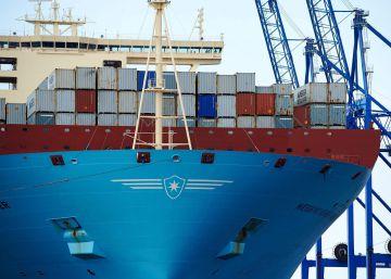 El déficit comercial se reduce un 27% hasta noviembre tras otro récord de exportaciones