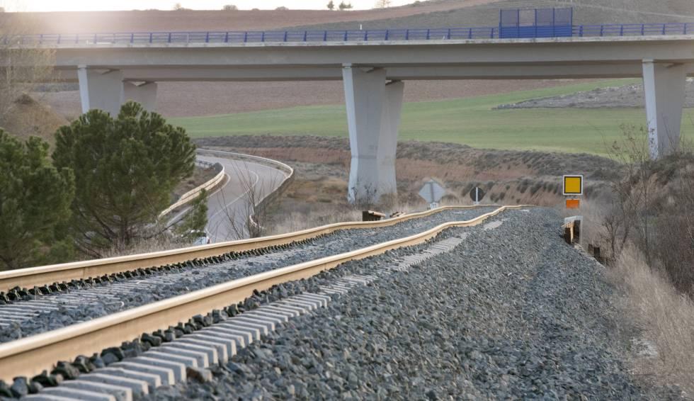 Estado de la vía entre Calamocha y Navarrete.