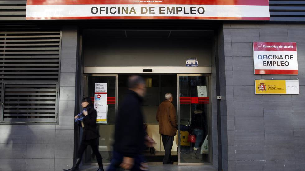An employment office in Madrid.